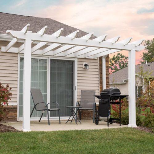 best outdoor apartment rental amenities