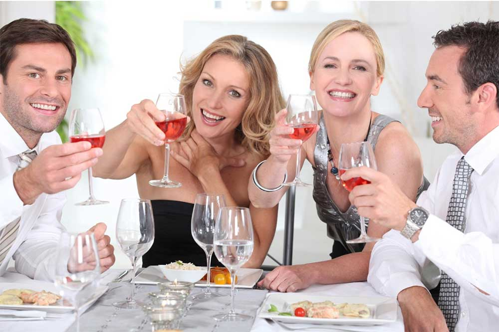 Dinner Party Guide – Step-By-Step