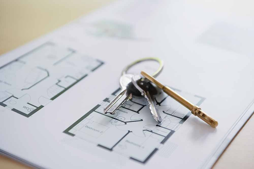 apartment rental house keys and floorplans