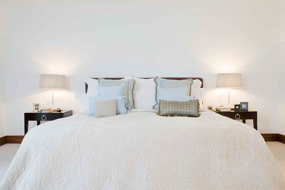 lamps and lighting decorating hacks for apartment living