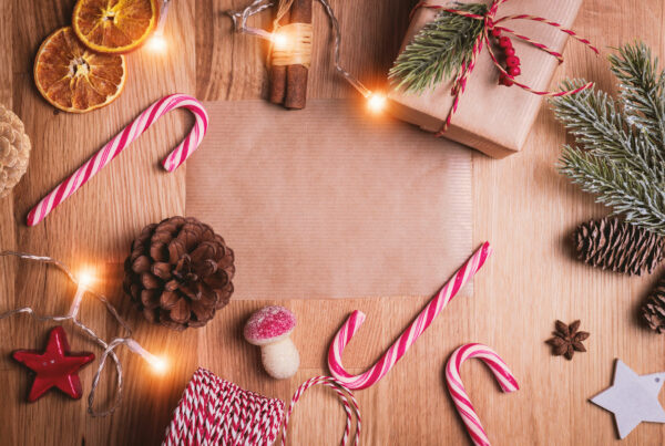 10 Holiday Apartment Decor Tips Redwood Blog