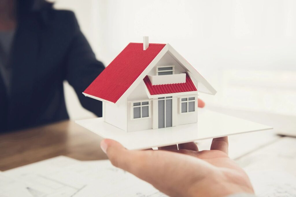 how to sell before you buy your next home